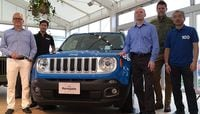"""The New """"Mini Size Jeep"""" Has a Chance of Winning in Japan"""
