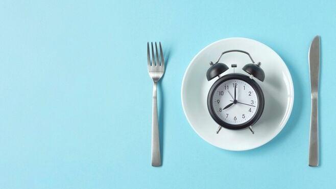 話題の「16時間断食」の一体なにがスゴイのか