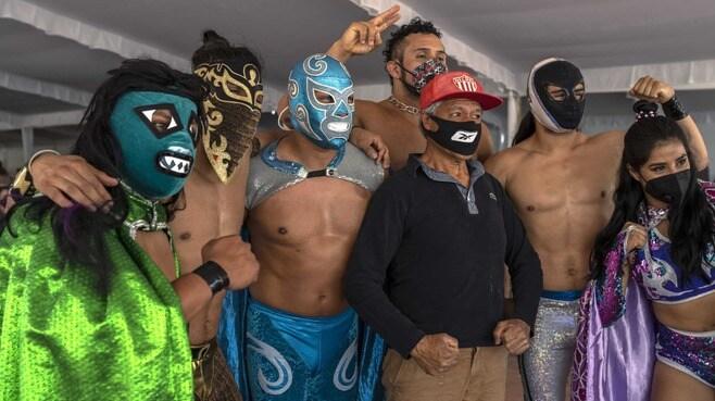 メキシコ「ワクチン接種」会場の演出が楽しすぎる