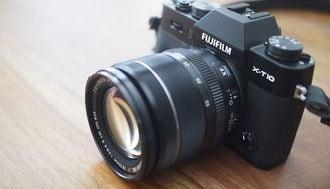 富士フイルム「レトロ風カメラ」の意外な魅力