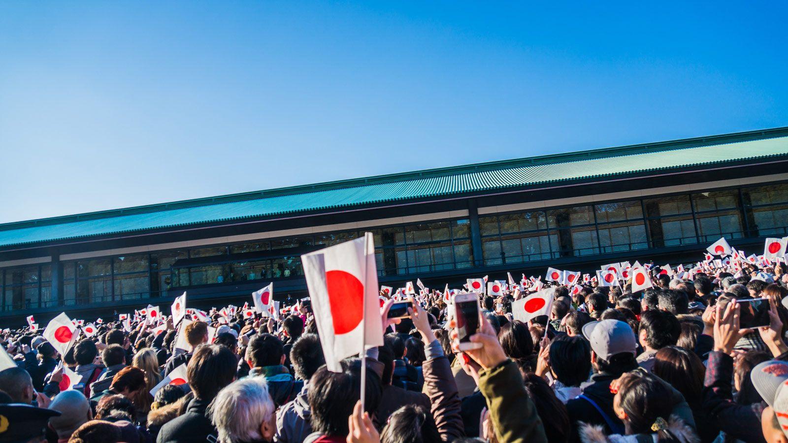 日本の立憲君主制は世界から遅れ...