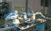 """リンゴの皮むく鉄腕アトム安川電機""""ロボット社長""""の夢"""