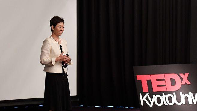 女性初の工場長になったママ社員の「価値観」