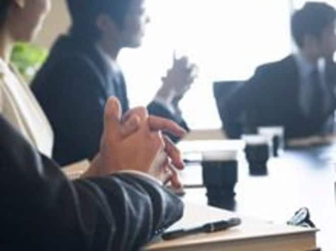 (第74回)2012年度新卒採用総括 企業の動き