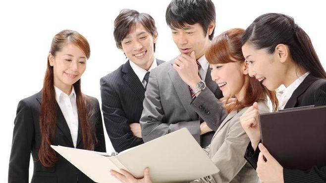 「新卒生の定着率が高い」中堅上場企業100社