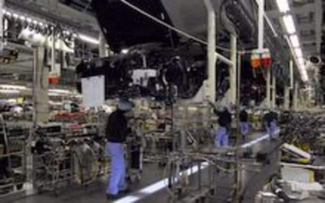 トヨタは生産停止を26日まで延長、影響台数は14万台に、28日以降の生産再開も未定【震災関連速報】