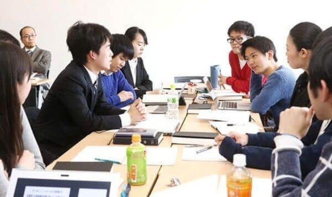 「努力するにもカネがいる」理不尽な日本