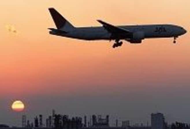 苦渋の日航パイロット 「整理解雇」で泥沼化