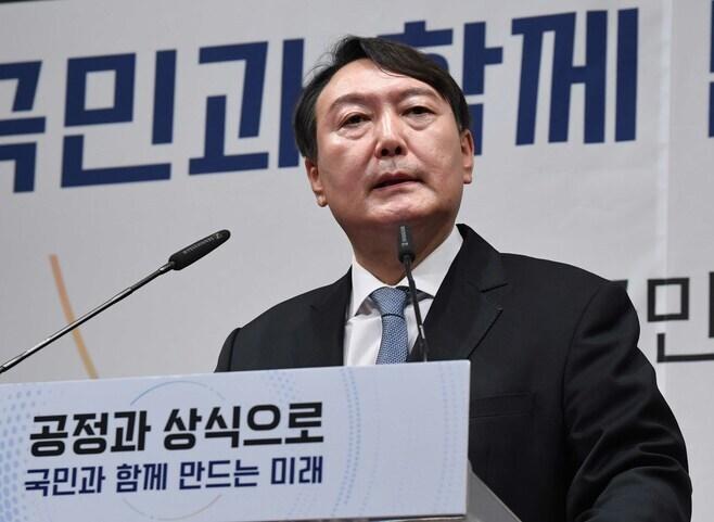 韓国大統領選、前検事総長はなぜ立候補したか
