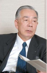 (このひとに5つの質問)中川文雄近鉄百貨店社長