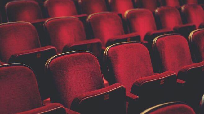 アイドルが宝塚歌劇団を超えられない納得の理由