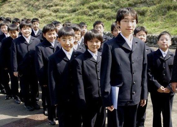 栄光学園高等学校制服画像
