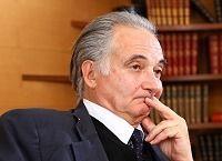 ジャック・アタリ 経済学者、元欧州復興開発銀行総裁--日本は無策のままならば5年以内に財政破綻する