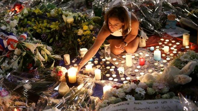 """ニース「自爆テロ」を""""正当化""""する側の論理"""