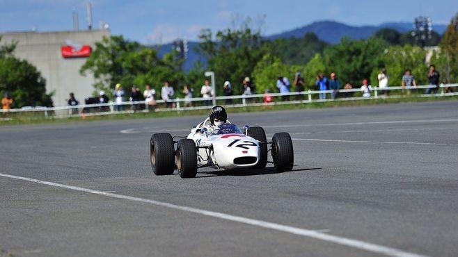 ホンダ65年型「F1マシン」は今もバリバリ走る