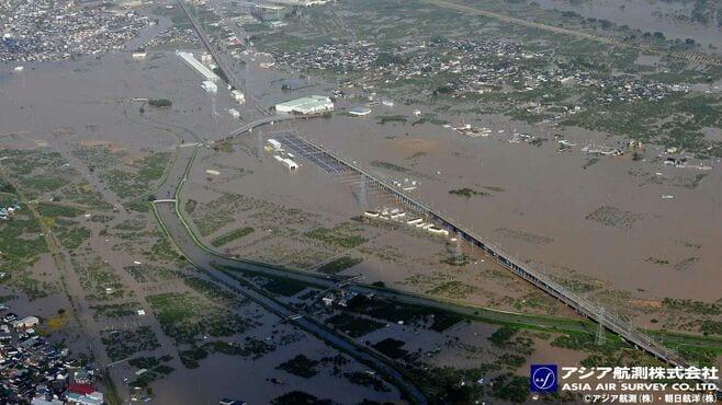 日本人は豪雨災害頻発の未来から逃れられない