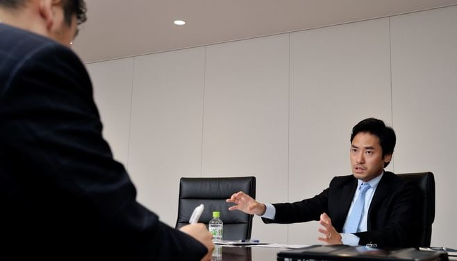 世界のルールを変える、若き弁護士の挑戦