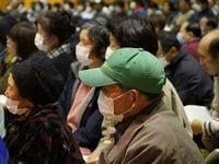 福島・飯舘村で「計画的避難」めぐり村民集会、自主避難した人への補償求める声相次ぐ