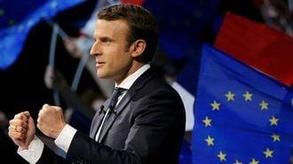フランス大統領選挙、「中道マクロン」の苦悩