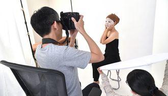 「写真を売る」副業で年収700万円の秘密