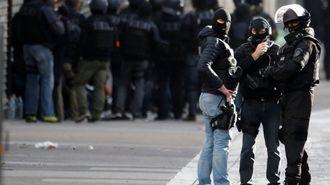 テロに勝つカギは「人・資金・武器」の遮断だ