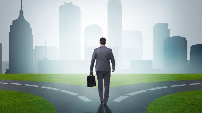 「会社の切り売り」が他人事ではなくなる日