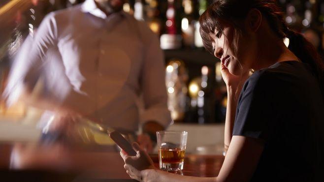 本人は自覚がない「アルコール依存症」の恐怖