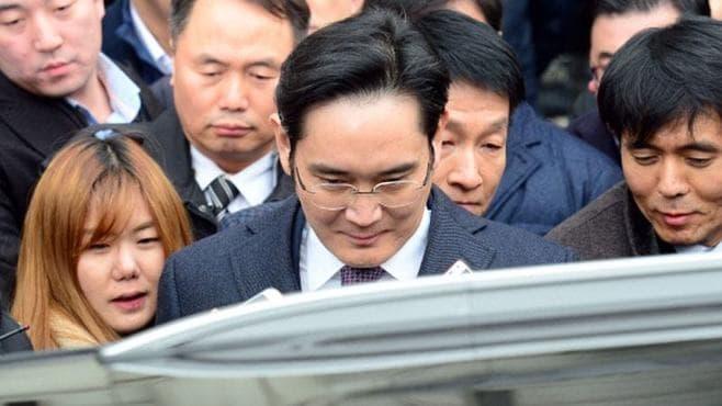 韓国「国政介入事件」、真相を究明できるのか