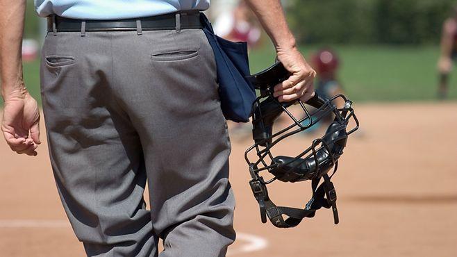 アマチュア野球審判員の知られざる熱い仕事