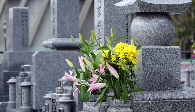 お布施も墓も「低価格化」はもう避けられない