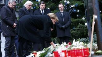 揺れる「穏健なドイツ」、テロ事件の巨大衝撃