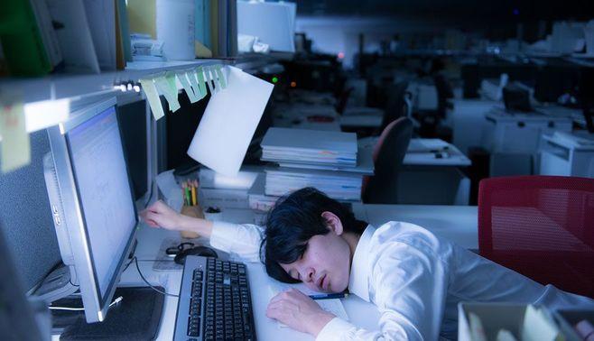 「過労死防止法」で日本の長時間労働は減るか