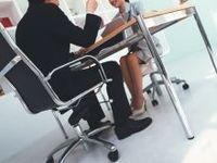 同僚との付き合い方:円滑なコミュニケーションを実現するテクニック