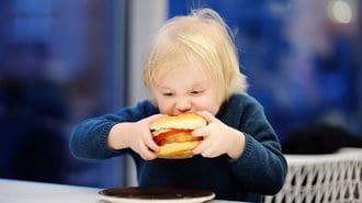 太っている子は、スリムな子の2倍も嫌われる