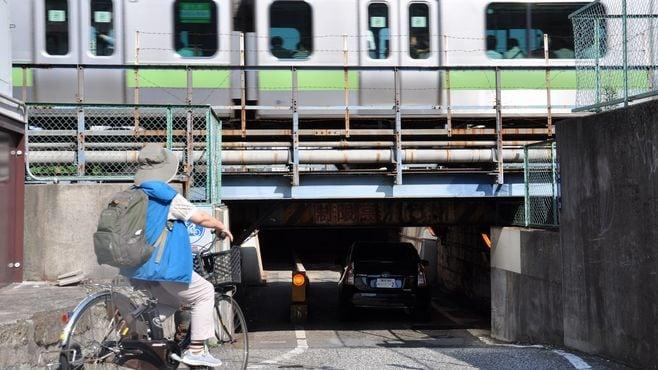 新駅で消える山手線「低すぎるガード」の秘密