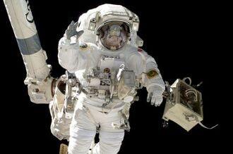 宇宙飛行士が「課長」ってどういうこと?