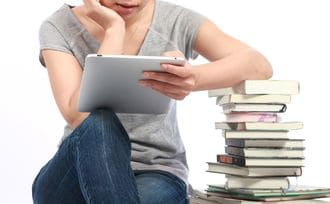 電子書籍は紙の「半額以下」でないと無意味だ
