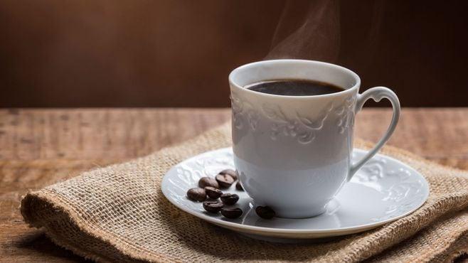 コーヒー飲み放題「定額制カフェ」の損得問題