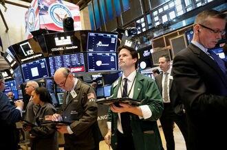 米国株式市場は上昇、NYダウ298ドル高
