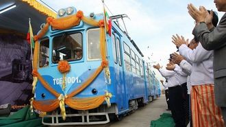 日本製ヤンゴン路面電車、半年で運休のワケ