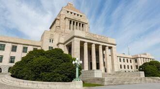 「日本初の女性首相」の物語がいま支持される訳