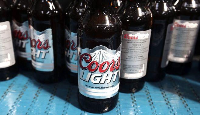 アサヒビール、大型買収の棚ぼたを狙う真意