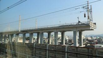 三島駅近くに見える新幹線「発射台」の真相