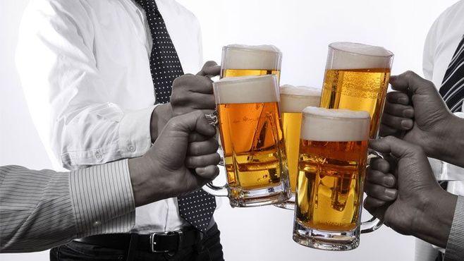 「飲み会」は実はお互いにとって重荷です