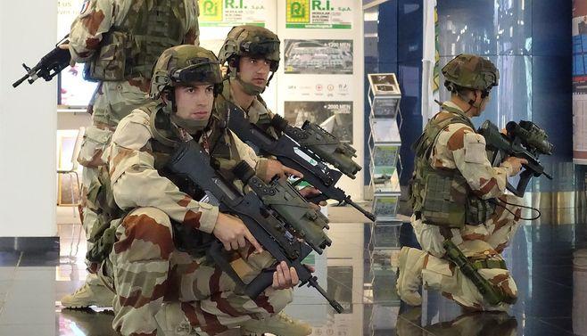 「パワードスーツ」の前に防衛省がすべきこと