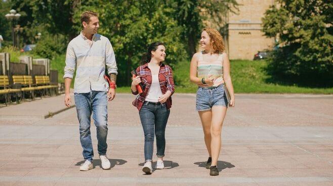 米国の難関大の学生が親に学費を頼らないワケ