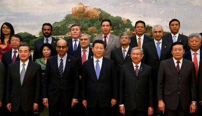 中国主導のインフラ銀行に無理に参加するな