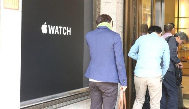 AppleWatch、あえて静かなるデビュー