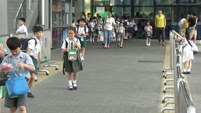深圳の幼稚園児が香港へ「越境通園」するワケ