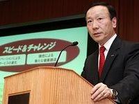NTTドコモ新社長の加藤氏が就任会見--現状は80点、成長力を示したい
